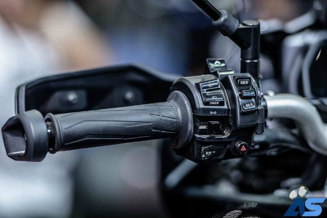 2018 Yamaha Tracer 900 GT về Đông Nam Á, giá ngang Hyundai i10 - 7