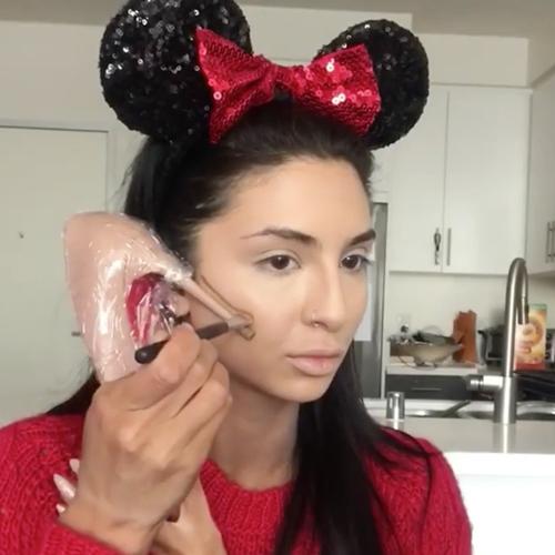 Hết hồn trào lưu dùng bao cao su để makeup của chị em - 2