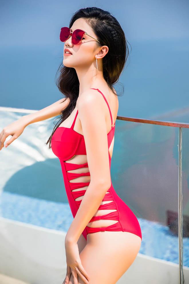 Top 3 Hoa hậu Việt Nam 2016 tung ảnh bikini nóng rực ở hồ bơi dát vàng - hình ảnh 12