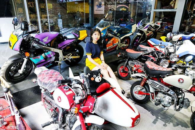 """""""Choáng"""" với bộ sưu tập của """"Nữ thần xe máy"""" thế hệ 9X - 3"""