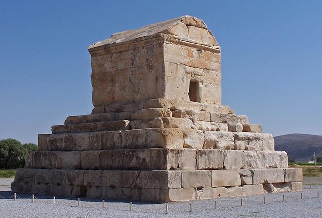 Tháng cô hồn nghe kể chuyện phía sau những lăng mộ nổi tiếng nhất thế giới - 1