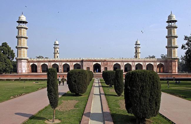 Lăng mộ của vua Jahangir