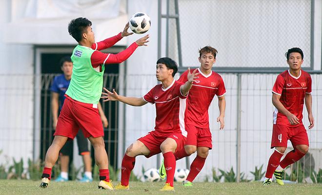 """U23 Việt Nam: Xuân Trường trở lại, Công Phượng miệt mài """"luyện công"""" - 9"""
