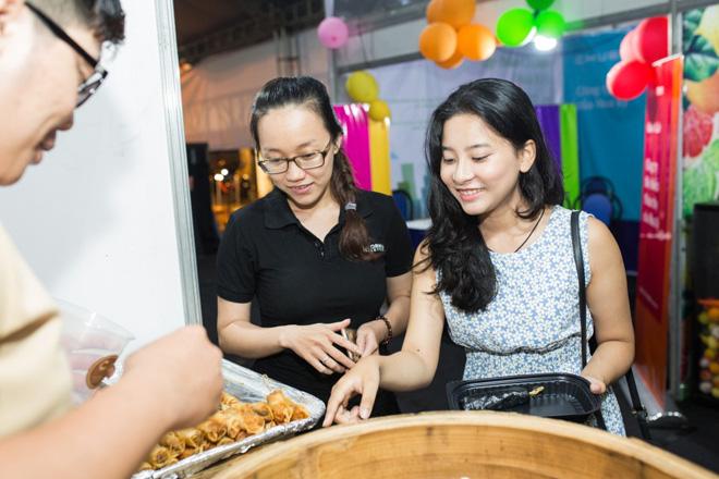 Khách mời phát cuồng vì độ đẹp và ngon của C.TAO tại LEEP Asia - 3