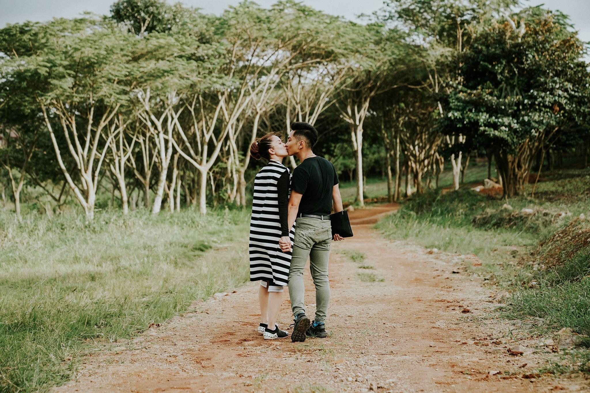Phan Hiển, Khánh Thi trao nhau nụ hôn ngọt ngào sau tin đồn lục đục - hình ảnh 5