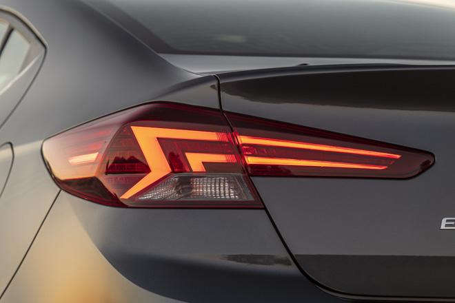 Hyundai Elantra 2019 chính thức ra mắt với thiết kế hoàn toàn mới - 10
