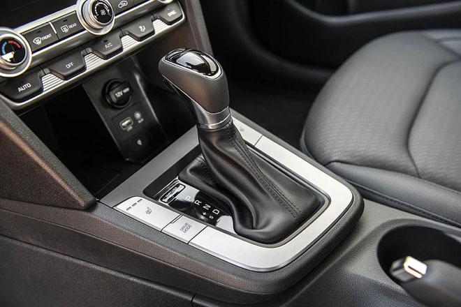 Hyundai Elantra 2019 chính thức ra mắt với thiết kế hoàn toàn mới - 7