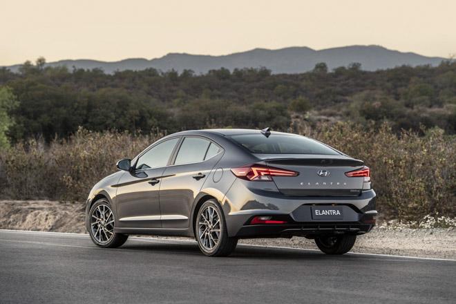 Hyundai Elantra 2019 chính thức ra mắt với thiết kế hoàn toàn mới - 3