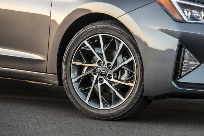 Hyundai Elantra 2019 chính thức ra mắt với thiết kế hoàn toàn mới - 11