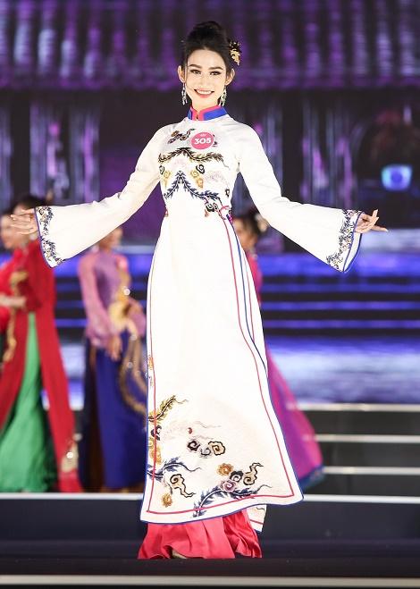 Lộ diện Top 3 Người đẹp Biển của Hoa hậu Việt Nam - hình ảnh 10