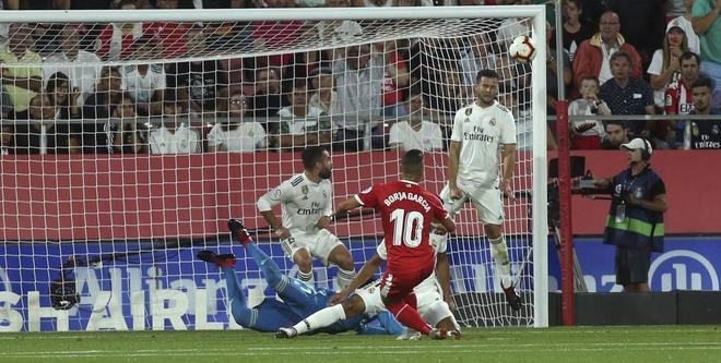 Girona - Real Madrid: Bàn thắng bất ngờ, phạt đền cay đắng - 1