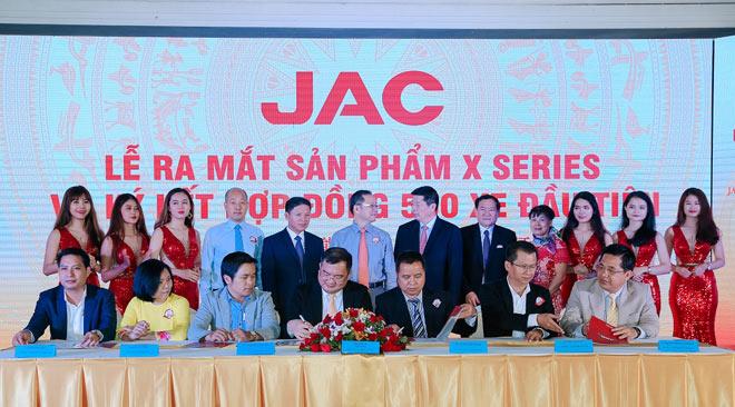 Ô Tô Jac Việt Nam ra mắt dòng xe tải Jac X Series mới - 3
