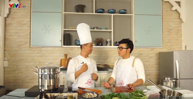 Tiko Tiến Công, Sơn Ngọc Minh trổ tài nấu ăn cùng Master Chef Phạm Tuấn Hải - 1
