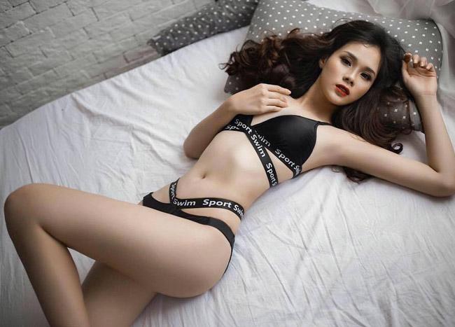 """Mặc áo tắm, bạn gái Văn Toàn, Văn Thanh, Duy Mạnh """"hot"""" 100% - hình ảnh 14"""