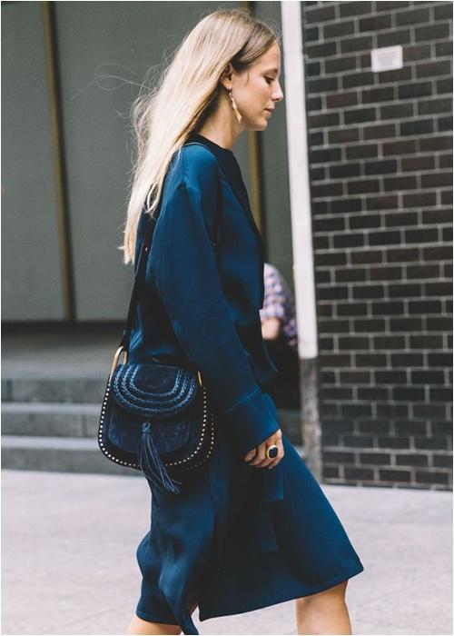 Những mẫu túi yên ngựa sành điệu hợp với đủ kiểu mặc - 7