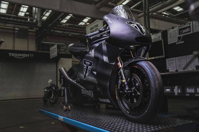 """2019 Triumph 765 Moto2 lộ diện, Honda CBR600RR """"ăn no khói"""" - 1"""