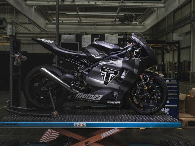 """2019 Triumph 765 Moto2 lộ diện, Honda CBR600RR """"ăn no khói"""" - 3"""