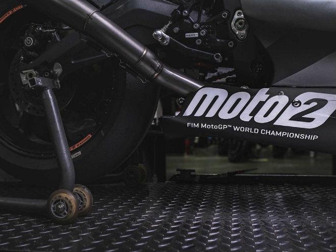 """2019 Triumph 765 Moto2 lộ diện, Honda CBR600RR """"ăn no khói"""" - 6"""
