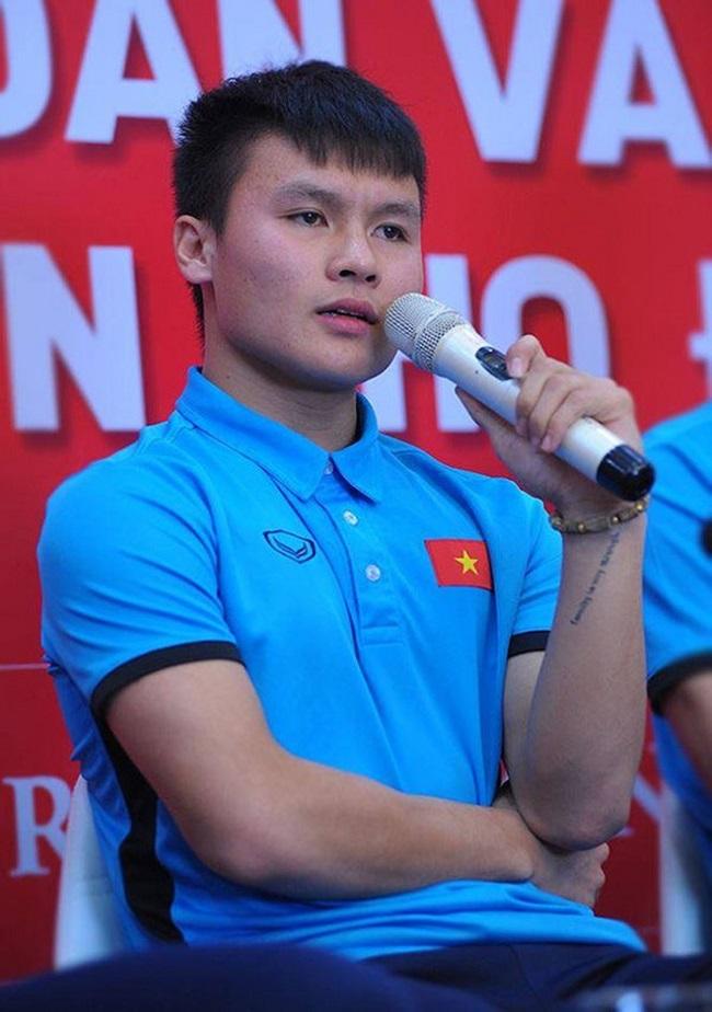 """Ai là cầu thủ có mái tóc, hình xăm… """"chất"""" nhất U23 Việt Nam? - hình ảnh 10"""