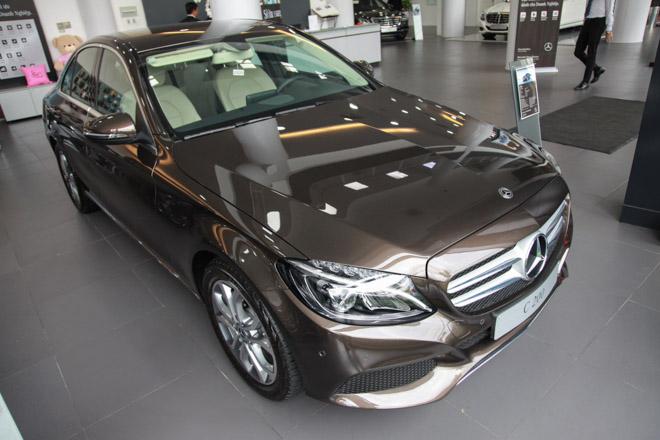 Giá xe Mercedes C-Class cập nhật tháng 10/2018: Sở hữu C-Class chỉ cần trả trước 600 triệu - 1