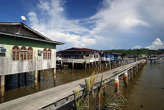 Khách du lịch châu Á ùn ùn kéo đến Brunei để chiêm ngưỡng những địa danh này - hình ảnh 3