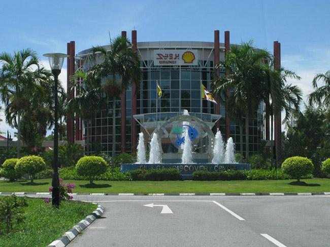 Khách du lịch châu Á ùn ùn kéo đến Brunei để chiêm ngưỡng những địa danh này - hình ảnh 11