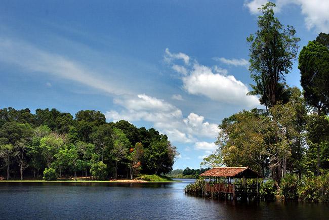 Khách du lịch châu Á ùn ùn kéo đến Brunei để chiêm ngưỡng những địa danh này - hình ảnh 14
