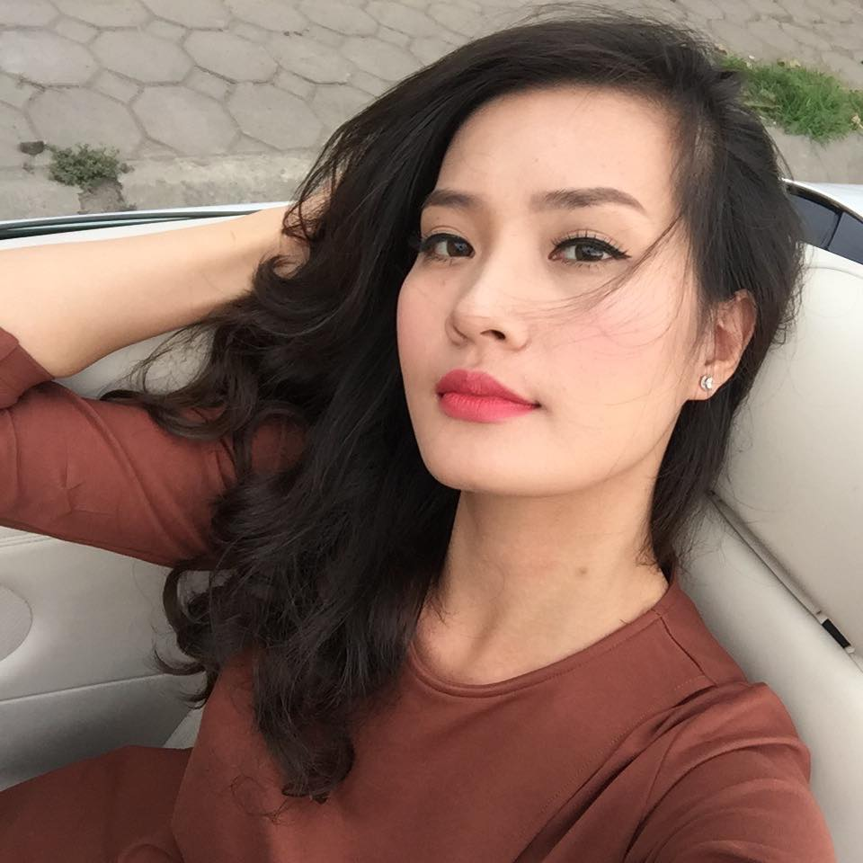 """Vợ cựu tiền vệ nhìn giống sao U23 Syria hóa ra là """"người quen"""" showbiz Việt - hình ảnh 7"""