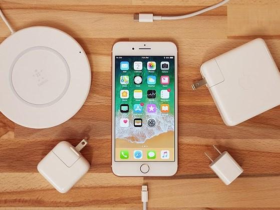 Cách sạc iPhone và iPad nhanh hơn - 1