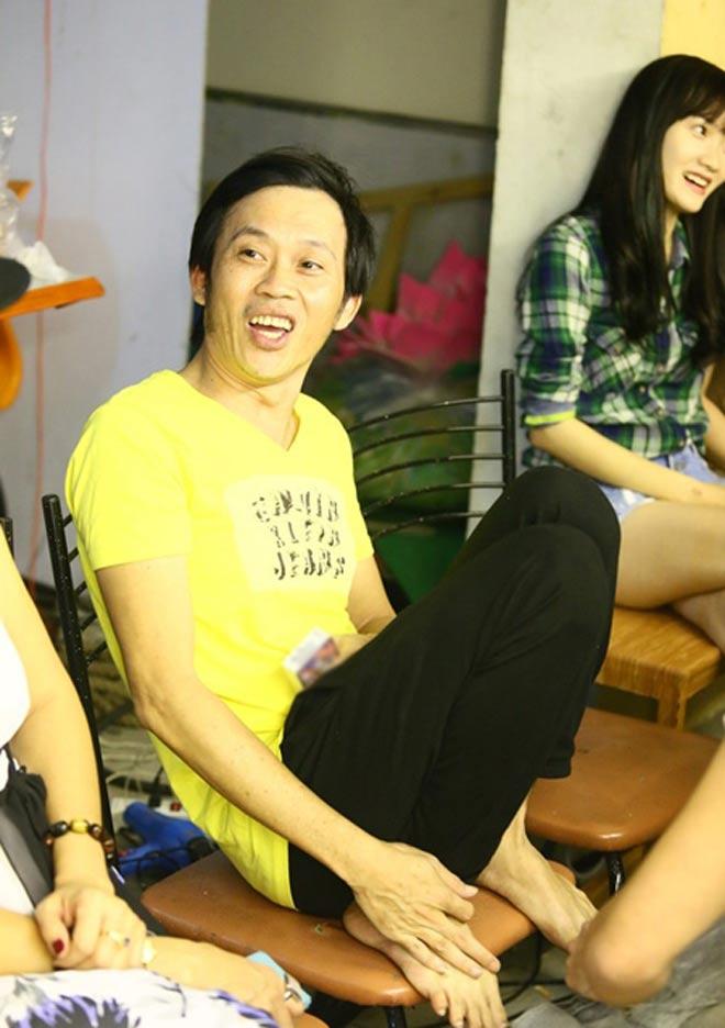 Điều bất ngờ trên đôi chân của Hoài Linh khiến đàn em thấy thương - hình ảnh 4