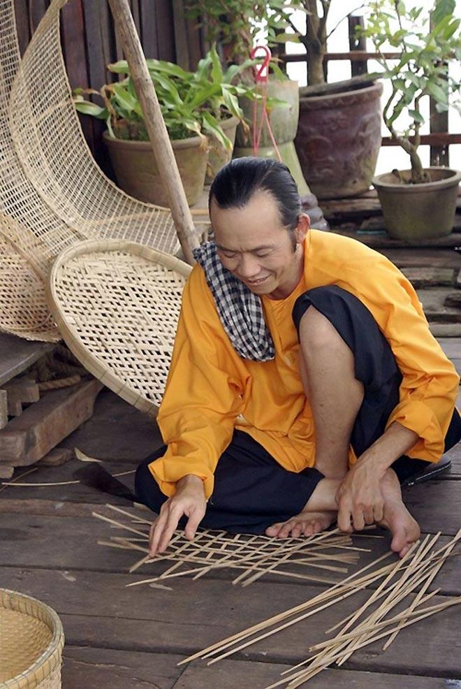 Điều bất ngờ trên đôi chân của Hoài Linh khiến đàn em thấy thương - hình ảnh 5