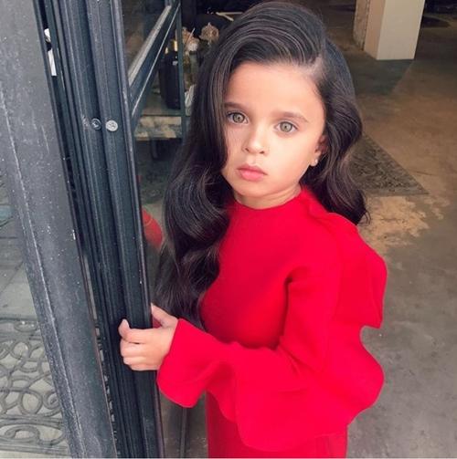 """""""Công chúa tóc mây"""" 5 tuổi gây sốt vì quá xinh - hình ảnh 3"""