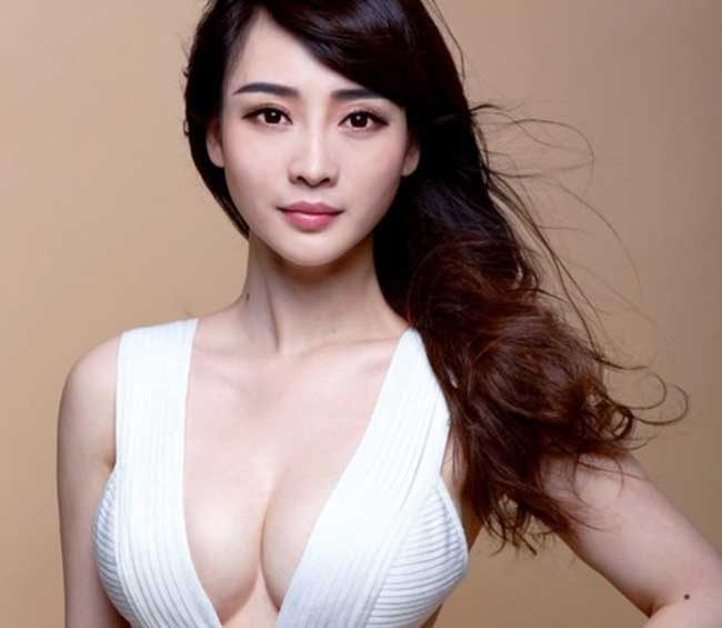 """Mỹ nhân Trung Quốc nào đích thực là """"thánh nữ đào tiên""""? - hình ảnh 1"""