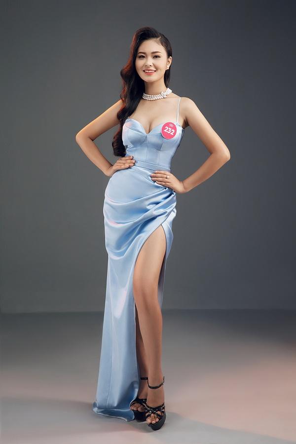 Thí sinh Hoa hậu Việt Nam 2018 tung ảnh dạ hội cực gợi cảm - hình ảnh 9