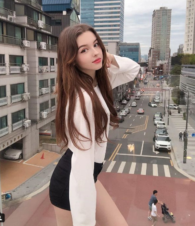Những người mẫu Trung Á gây mê nhờ vẻ đẹp như tiên giáng trần - hình ảnh 1