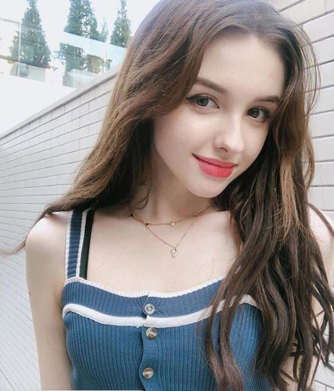 Những người mẫu Trung Á gây mê nhờ vẻ đẹp như tiên giáng trần - hình ảnh 6