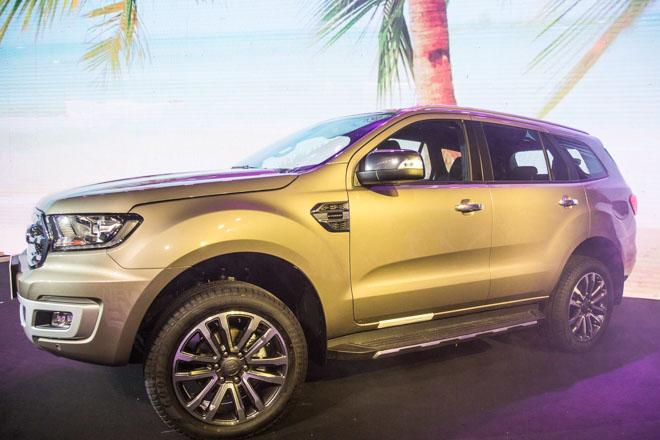 Giá xe Ford cập nhật tháng 10/2018: Ford Everest hoàn toàn mới giá từ 1,12 tỷ đồng - 2