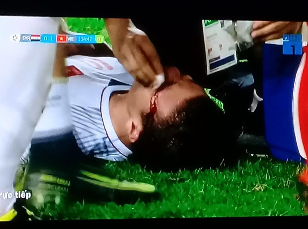 """Quang Hải U23 VN sút hỏng penalty bị """"ném đá"""": Bạn gái Nhật Lê nói gì? - hình ảnh 5"""