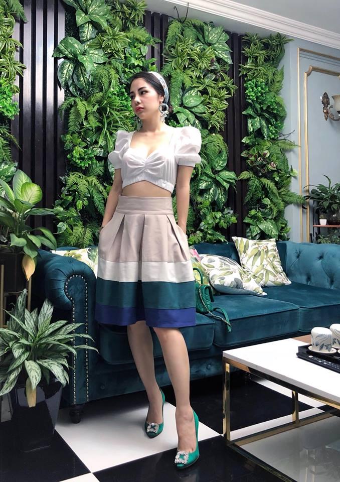 Váy áo gợi cảm của nữ MC đẹp nhất nhì VTV, thu hút 40.000 fan - hình ảnh 10