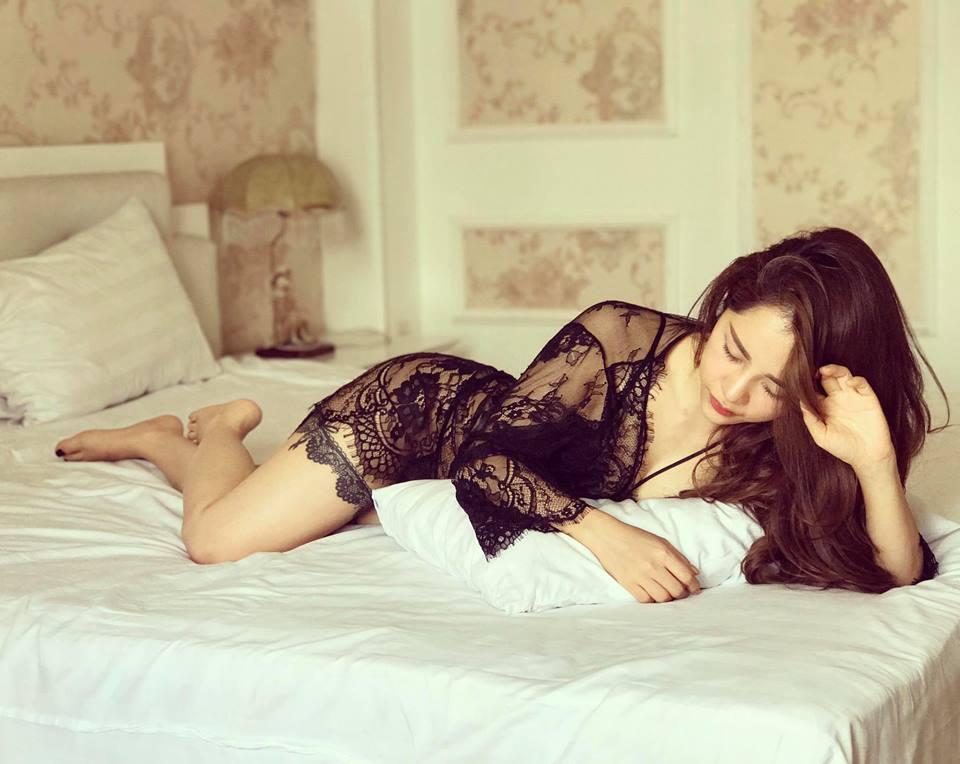 Váy áo gợi cảm của nữ MC đẹp nhất nhì VTV, thu hút 40.000 fan - hình ảnh 7
