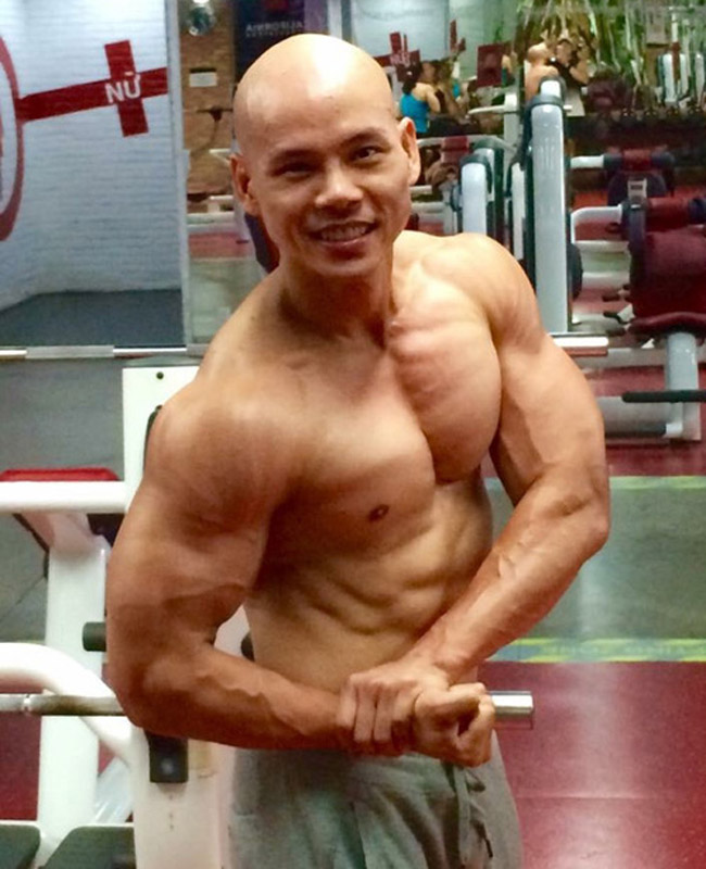 """Mê mệt thân hình """"cực phẩm"""" của Phan Đinh Tùng, Đan Trường ở tuổi 42 - hình ảnh 5"""