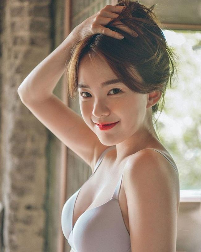Hot girl Hàn đã xinh đẹp nóng bỏng còn tài giỏi hơn người - hình ảnh 2