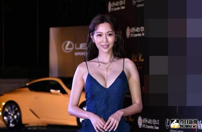 Người đẹp quá sexy trên thảm đỏ khiến truyền hình vội cắt sóng - hình ảnh 3