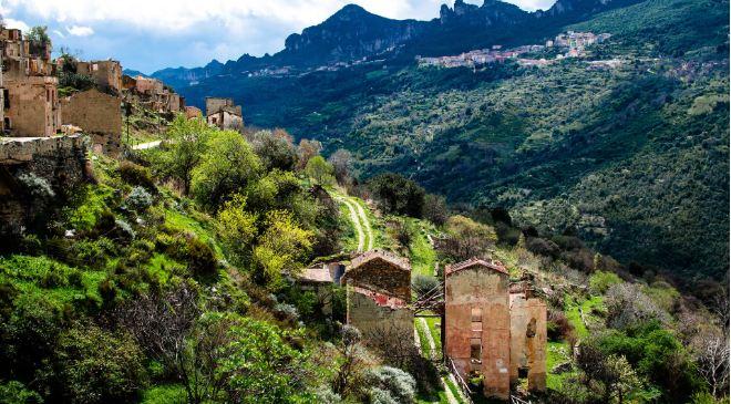 Không ai ngờ những ngôi làng xinh đẹp này lại ẩn chứa nhiều chuyện rùng rợn tới vậy - hình ảnh 4
