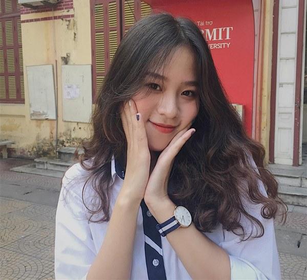 Ngắm không rời mắt 3 mỹ nữ có thân hình nuột nà nhất Hoa hậu Việt Nam 2018 - hình ảnh 3