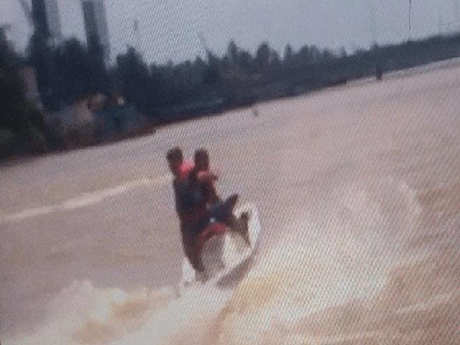 Du khách lái mô tô nước đâm vào tàu du lịch tử vong - hình ảnh 2