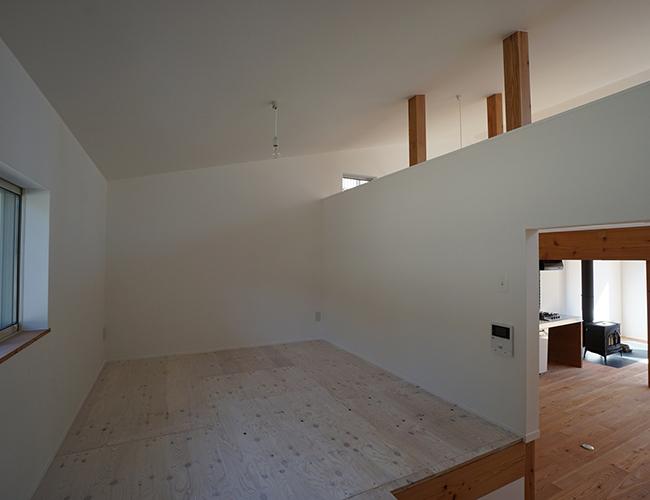 Nhà gỗ 2 tầng trở thành xu hướng được ưa chuộng trên thị trường hiện nay.