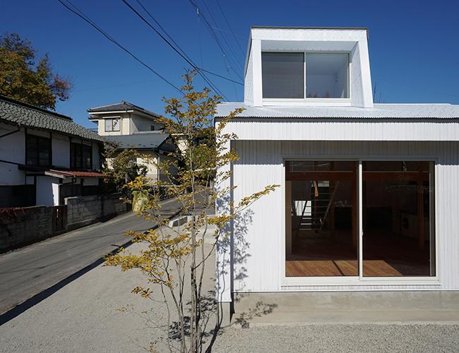 Thiết kế ngôi nhà thấp tầng đơn giản.