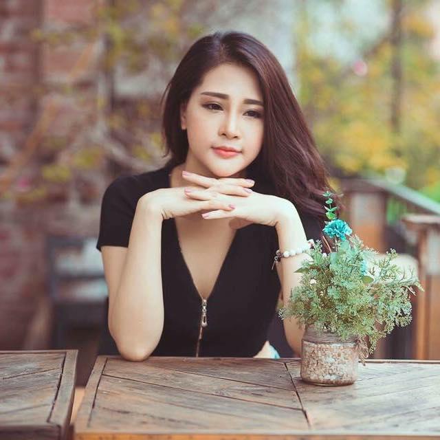 """Sao nữ """"Tân Kim Bình Mai"""" bản Việt kể khổ vì vòng 1 """"khủng"""" khi đóng phim - hình ảnh 7"""