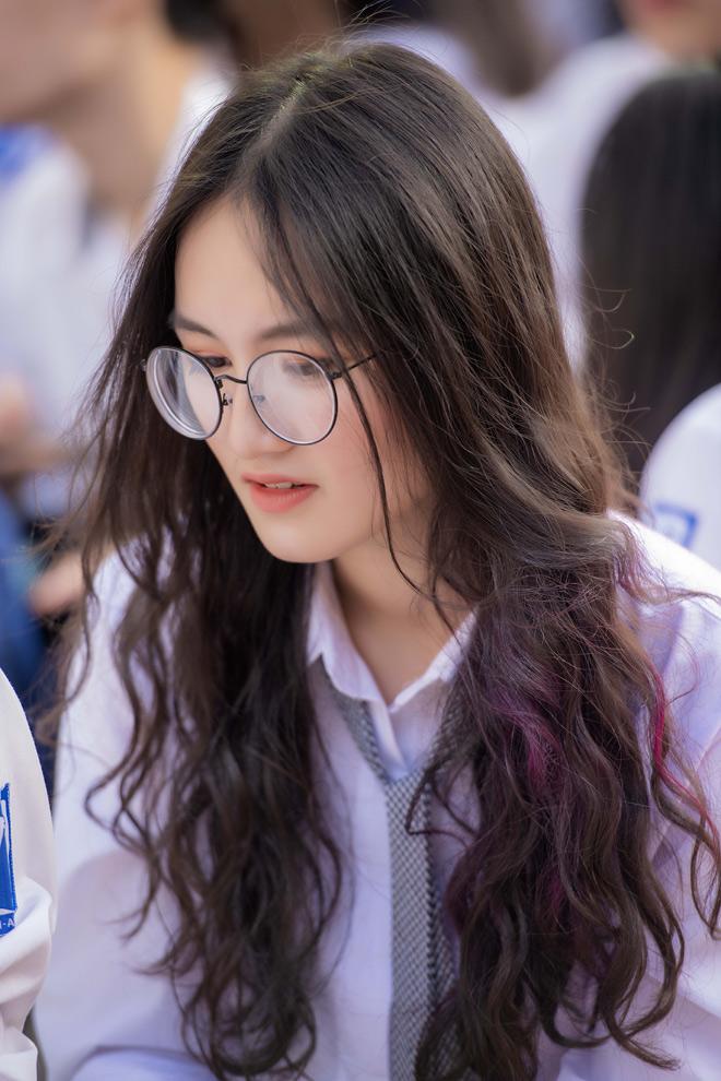 Ngây ngất vẻ đẹp nữ sinh trường Amsterdam trong ngày tựu trường - hình ảnh 4